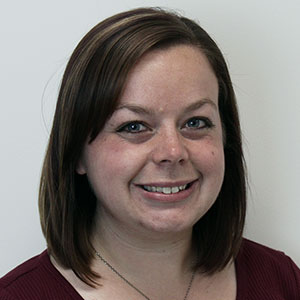 Chalain Hart-Paige, Customer Service Expert