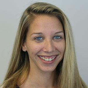 Danielle Housner, Customer Service Expert