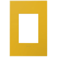 Legrand Adorne Plastics 1-Gang, 3-Module Wall Plate in Honey AWP1G3HY4