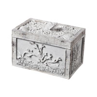 Sterling Industries Seashell Box Decorative Accessory in Chalk 93-10054